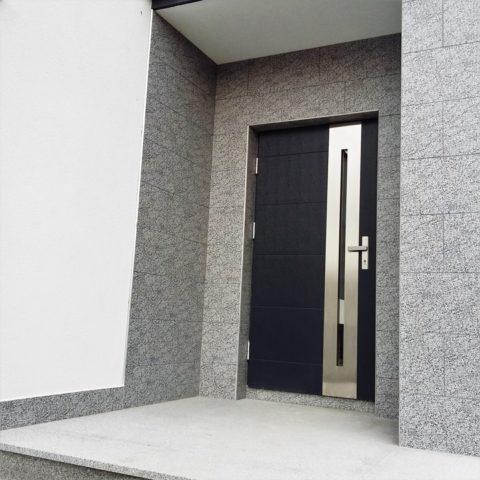Solidne drzwi Gorlice - sprawdź ofertę Novobudowa